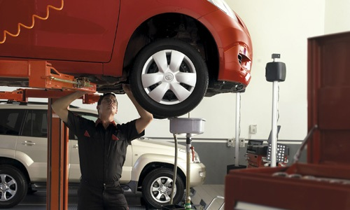 Phil Gilbert Toyota Services - Wheel Balance